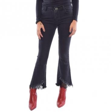 Jeans zampa sfrangiato + pizzo NERO