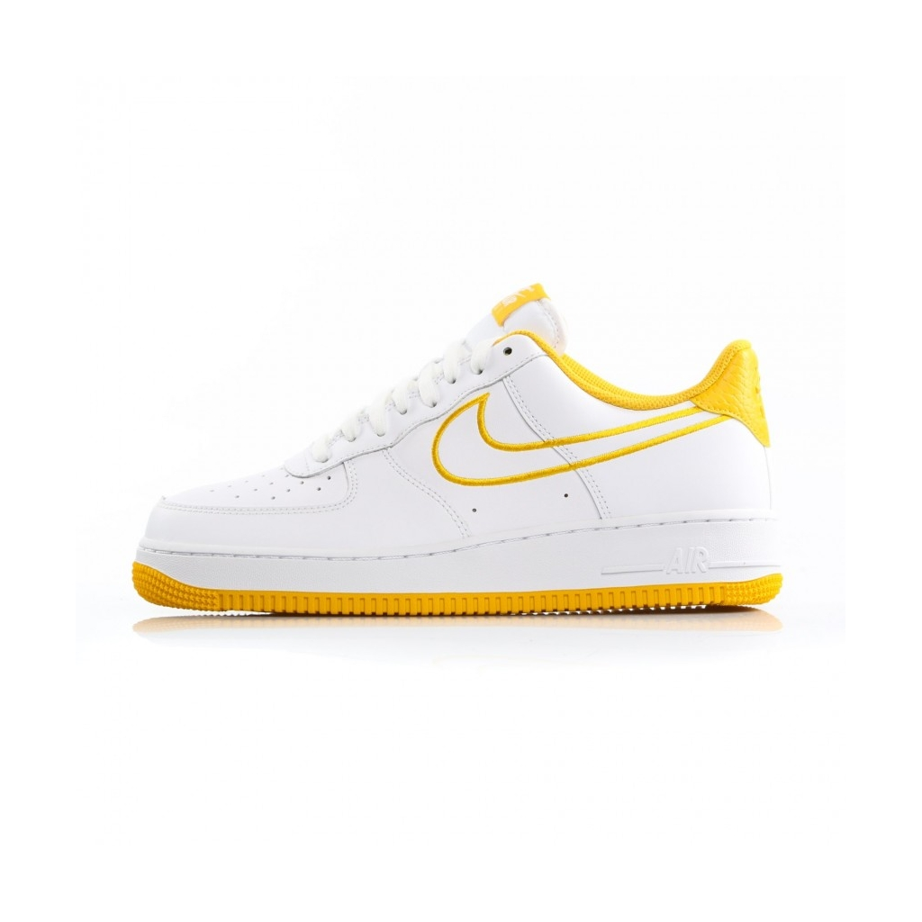 576d3e8355415 AIR FORCE LOW SHOE 1 07 LTHR WHITE / YELLOW OCHRE | Bowdoo.com