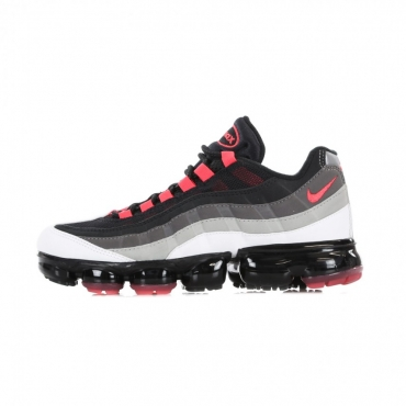 SCARPA BASSA AIR VAPORMAX 95 WHITE/HOT RED/DK PEWTER/GRANITE
