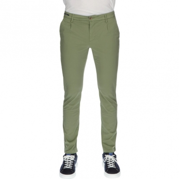 Pantalone slim sartoriale VERDE