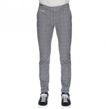 Pantalone slim sartoriale GRIGIO