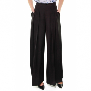 PANTALONE GAMBA LARGA IN CADY NERO