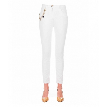 Jeans Daily con dettaglio catena bianco