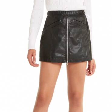 Short effetto gonna in ecopelle nera K103NERO