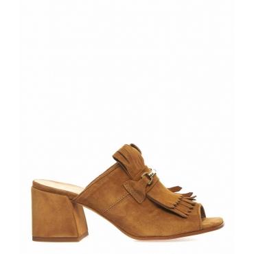 Slippers con dettagli frangia marrone