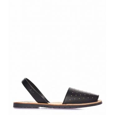 Sandali peep toe in pelle con borchie nero