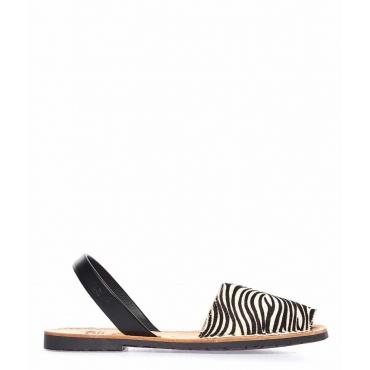 Sandali peep toe in pelle con stampa animalier nero