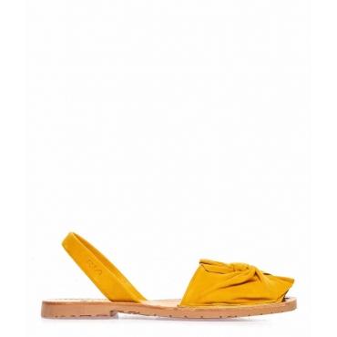 Sandali peep toe in pelle con fiocco giallo