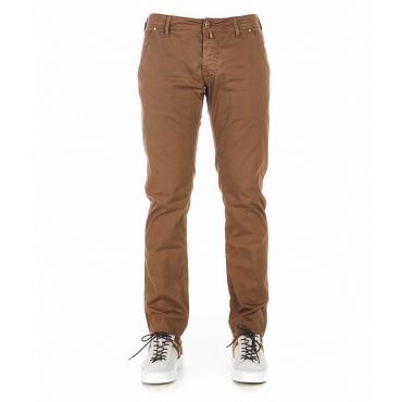 Pantaloni con fantasia marrone