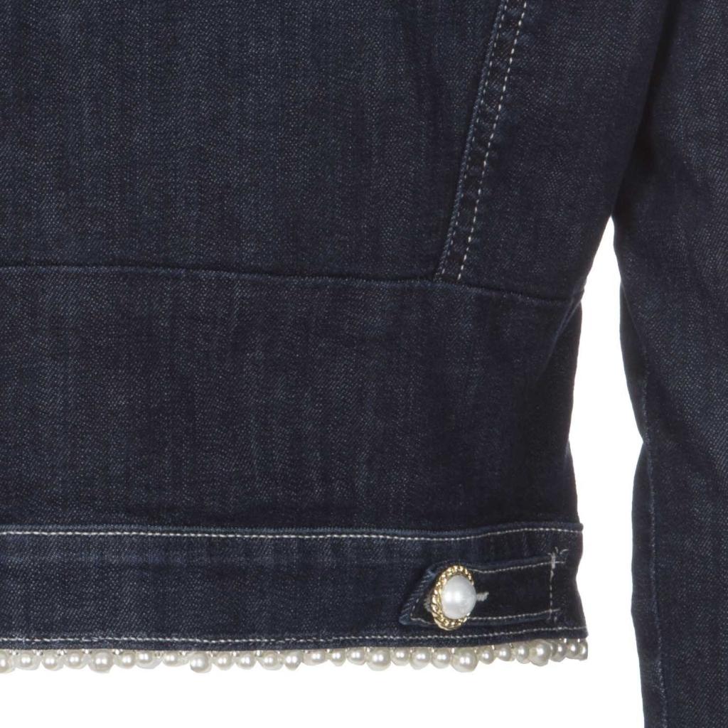 Jeansjacke mit CDPE-Perlen