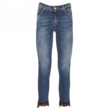 Jeans skinny sfrangiati con decorazioni L419