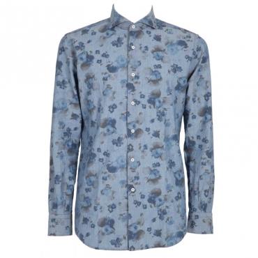 Camicia blu con tema floreale 1
