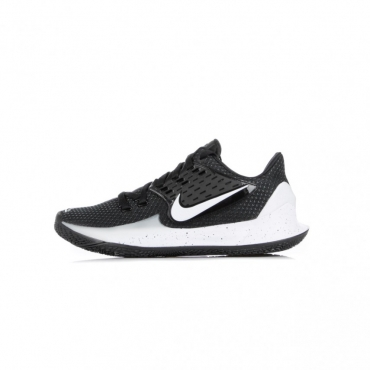 SCARPA BASSA KYRIE LOW 2 BLACK/WHITE