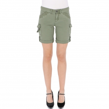 SHORTS KATINKA LOOSE W TIMEZONE rainforest green