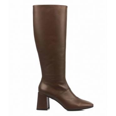 Stivali in pelle liscia marrone