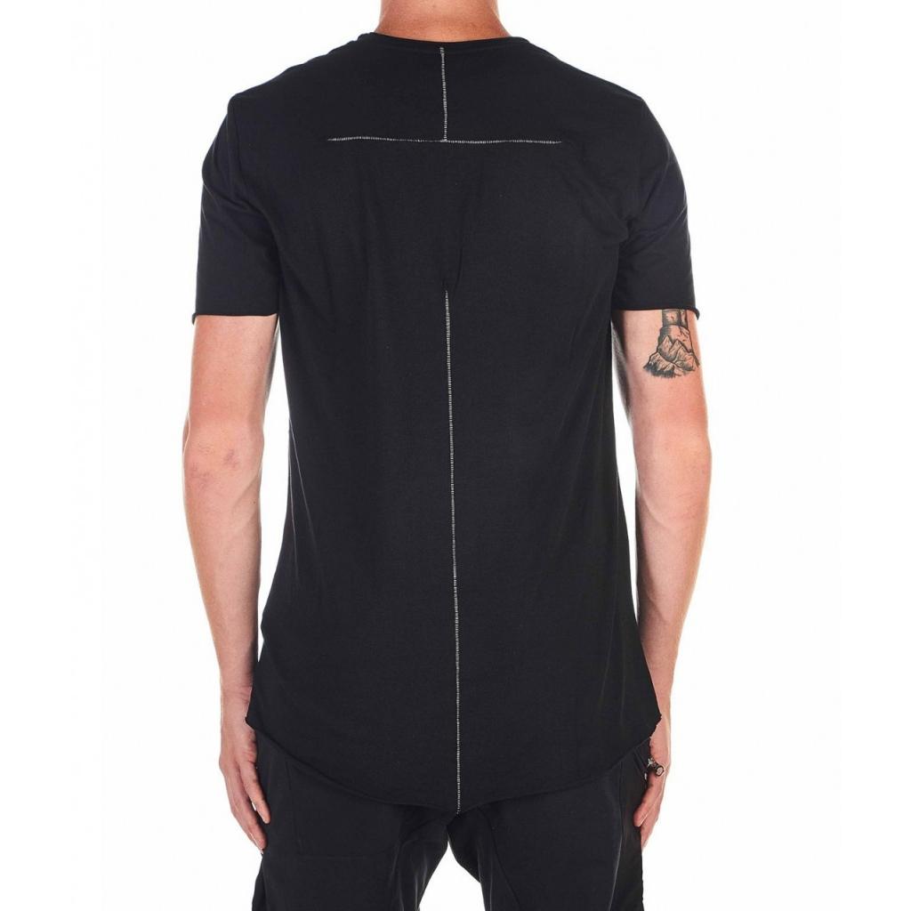 T-shirt con cucitura visibile sul retro nero