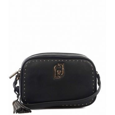 Borsa a tracolla con dettaglio borchie nero