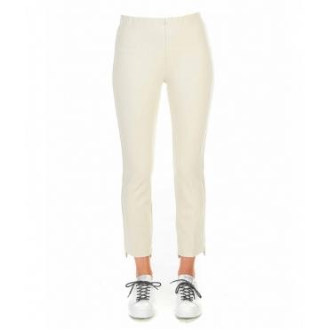 Pantaloni con orlo asimmetrico crema