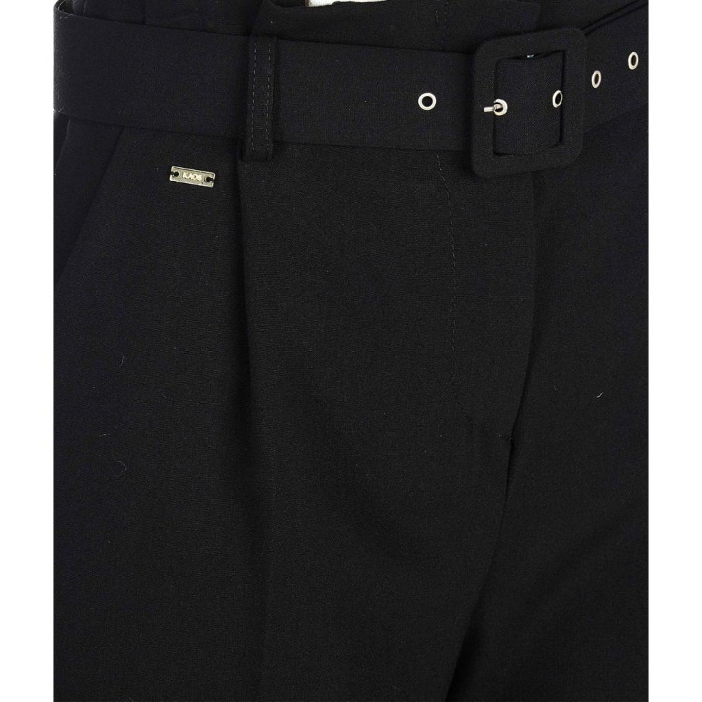 Elegante pantalone a pieghe con cintura nero