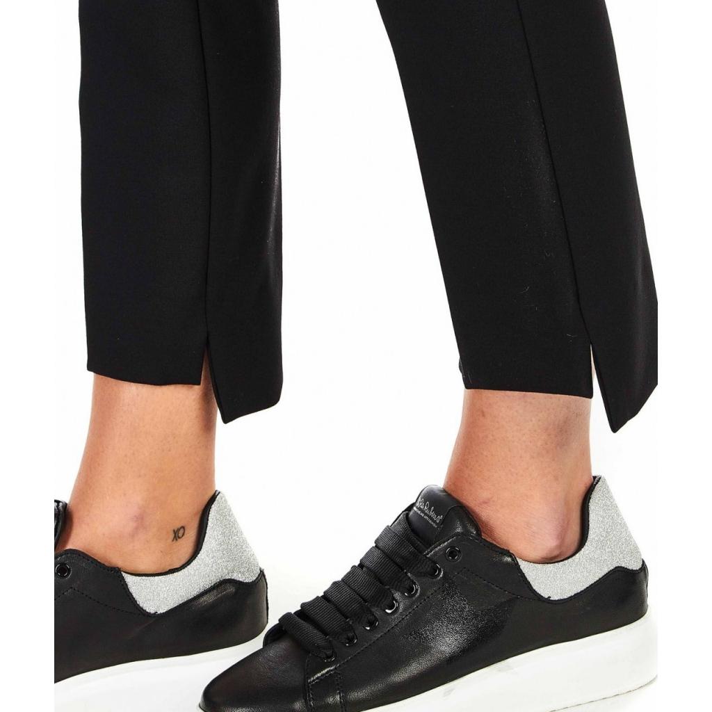 Pantaloni con orlo asimmetrico nero