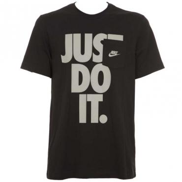 T-Shirt nera con slogan e taschino 010BLACK