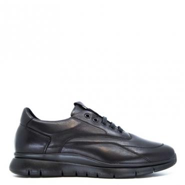 Sneakers sportiva in cuoio nero
