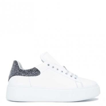 Sneakers in cuoio con tallone glitter BIANCO