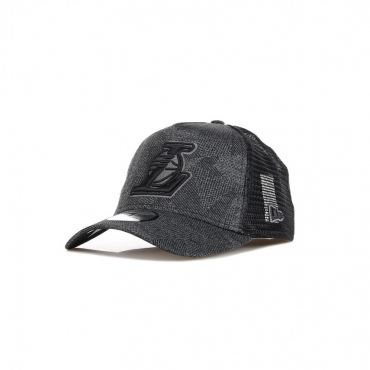 CAPPELLINO VISIERA CURVA NBA ENGINEERED FIT A-FRAME TRUCKER LOSLAK BLACK