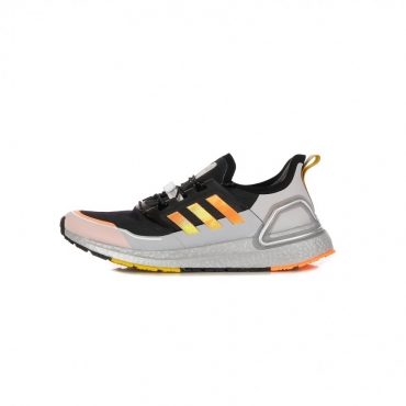 SCARPA BASSA ULTRABOOST CRDY CORE BLACK/SIGNAL ORANGE/LEGACY GOLD