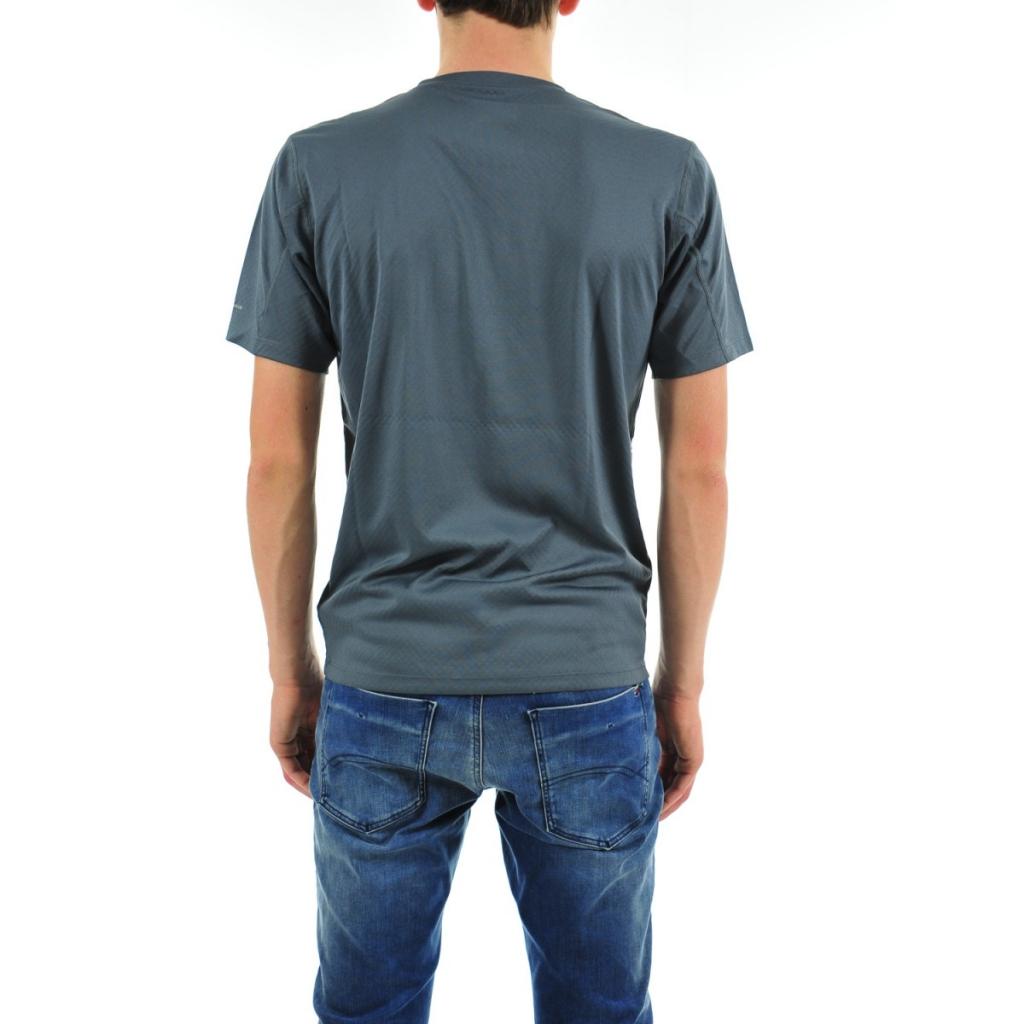T-shirt Columbia Uomo Omni Freeze Tecnico 053 GRAPHITE 053 GRAPHITE