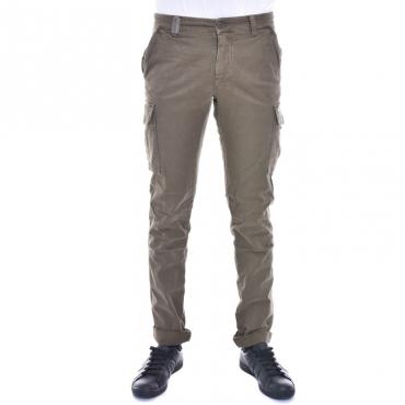 Pantalone slim con tasconi VERDE VERDE