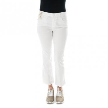 Jeans slim fit a zampa con frangette BIANCO
